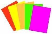 Plakatkarton beidseitig neonfarben